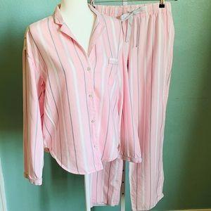 VICTORIA'S SECRET    🌸Soft, Lovely Pajamas Set🌸